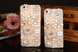 Luxury Pearls Perfume Bottle Phone Case
